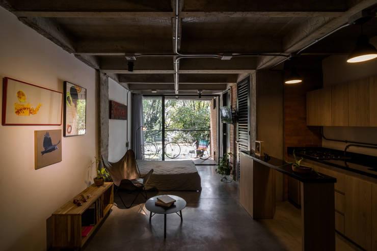 EDIFICIO 80 – 19 Habitaciones modernas de PLANTA BAJA ESTUDIO DE ARQUITECTURA Moderno
