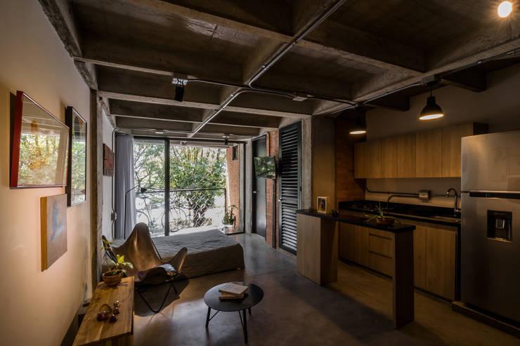 غرفة نوم تنفيذ PLANTA BAJA ESTUDIO DE ARQUITECTURA