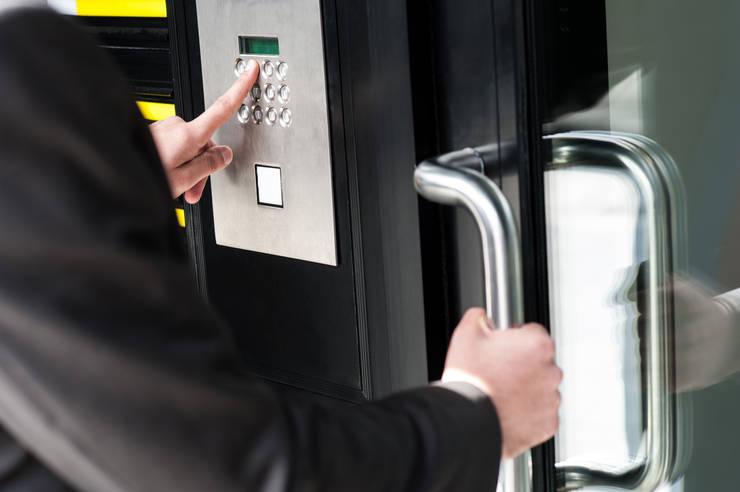 Commercial Keyless door locks:   by Locksmith Pretoria