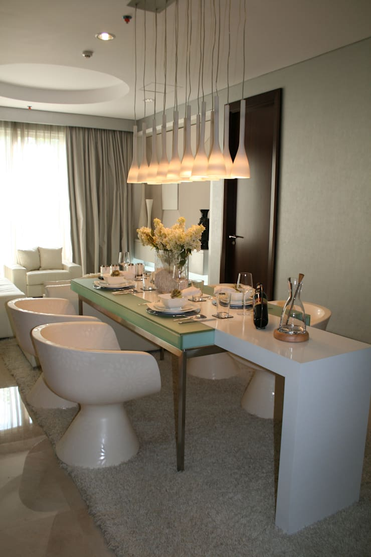 Kempinski 2008:  Ruang Makan by Budi Setiawan Design Studio