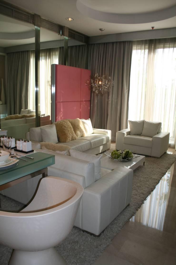 Kempinski 2008:  Ruang Keluarga by Budi Setiawan Design Studio
