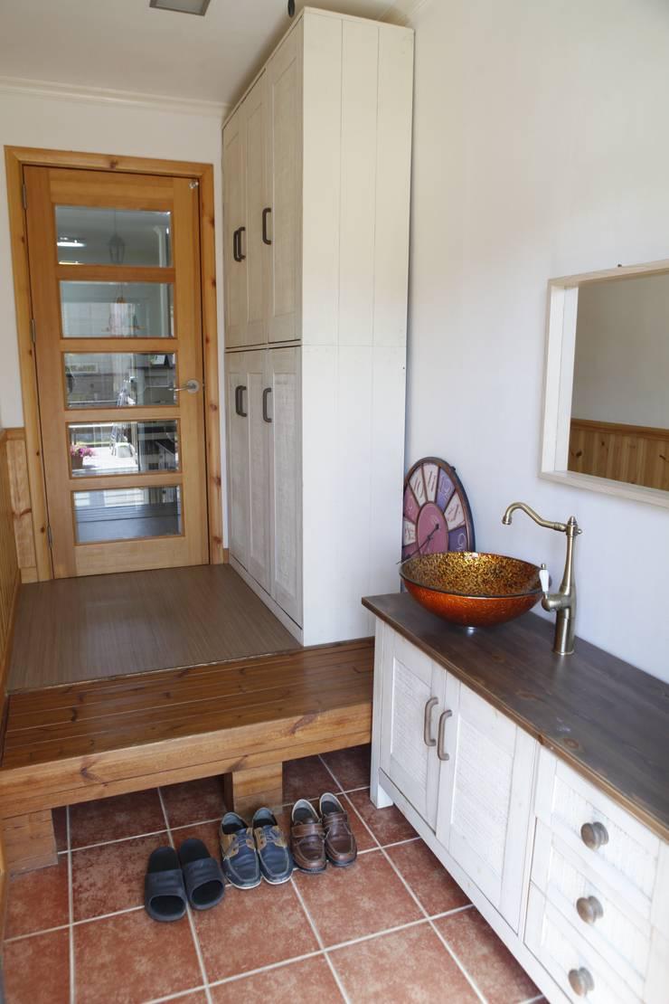 현엽동재: 건축스튜디오 사람의  주방