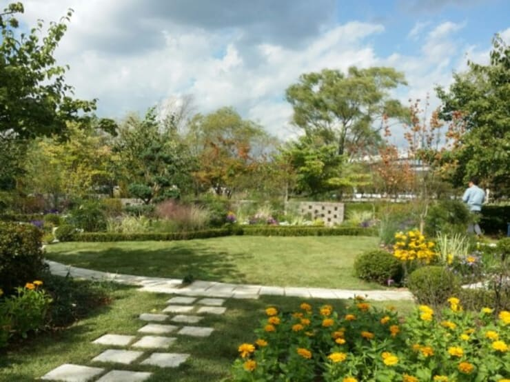 Garden of Song Library 서울정원박람회의 스타정원: 아이디얼가든 (IDEALGARDEN)의  앞마당