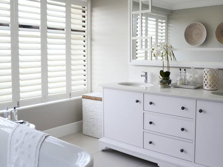 浴室 by Studio Mitchell