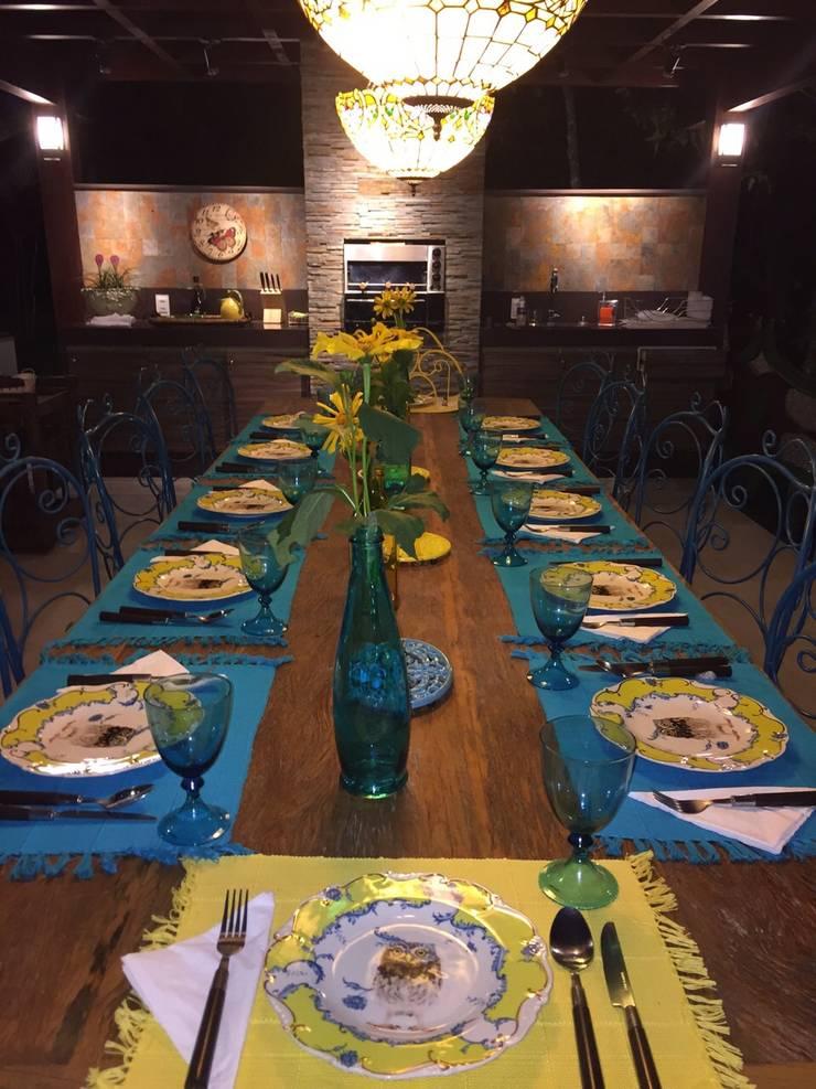 Casa da Serra:  Dining room by brunadiogenes.liviafeitosa