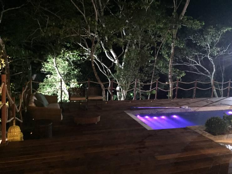 Casa da Serra:  Pool by brunadiogenes.liviafeitosa