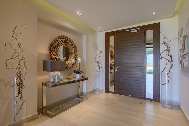 الممر والمدخل تنفيذ Hossam Nabil - Architects & Designers