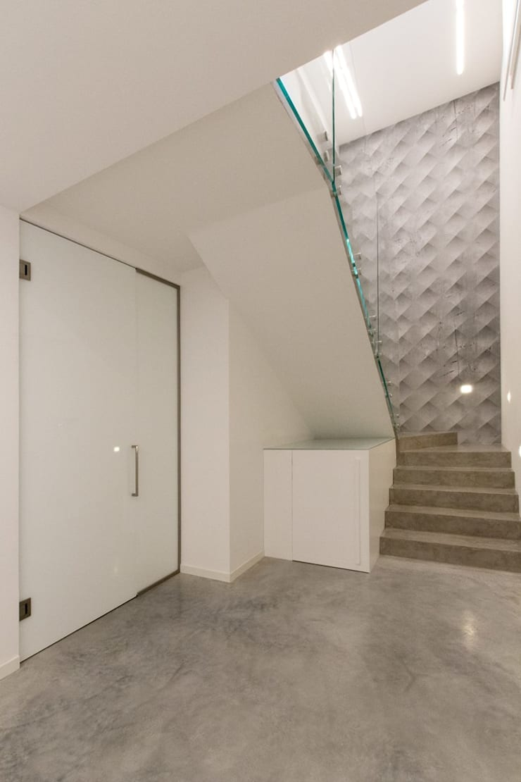 Stairs by Fermox Solutions , Modern