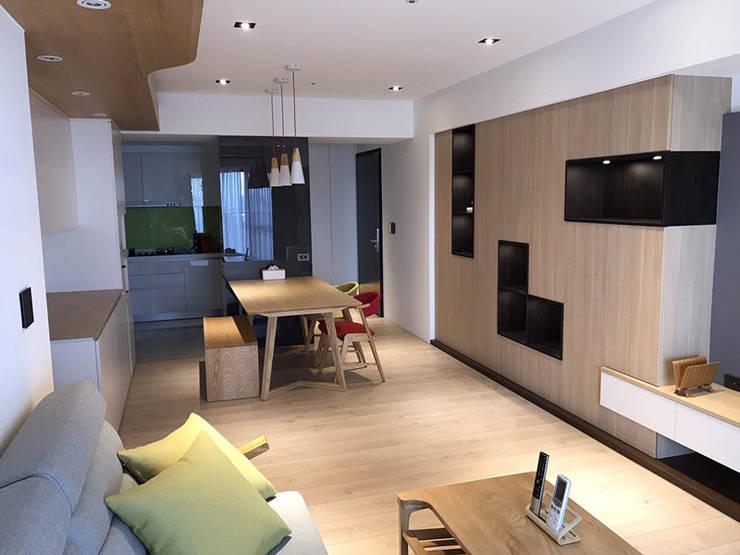 品聚悅新成屋整體規劃-餐廳:  商業空間 by 解構室內設計