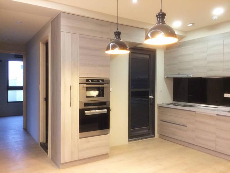 室內設計裝潢-原砌:  廚房 by 解構室內設計