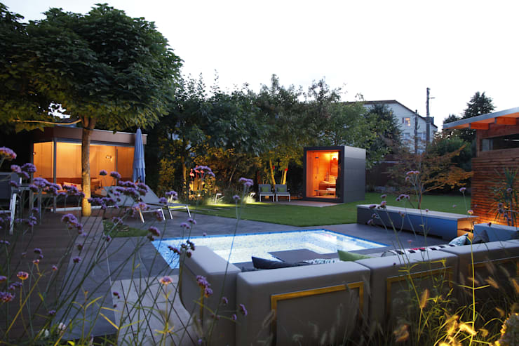Piscines privées de style  par Gartenhauptdarsteller