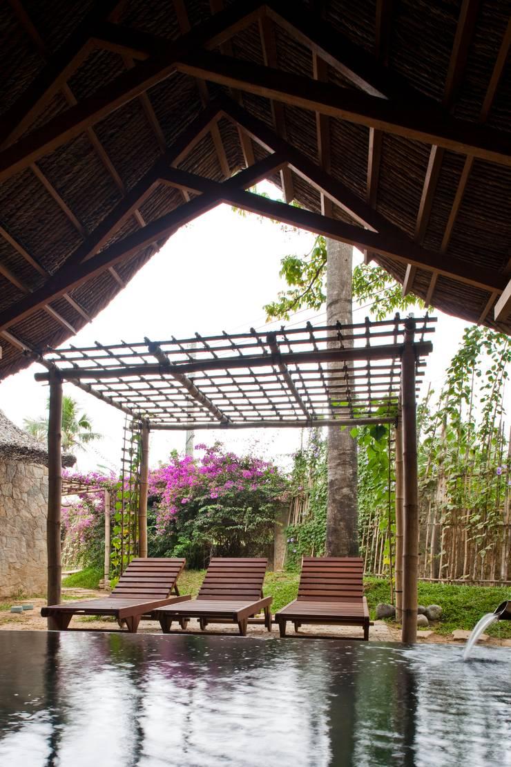 i-resort:  Vườn by a21studĩo