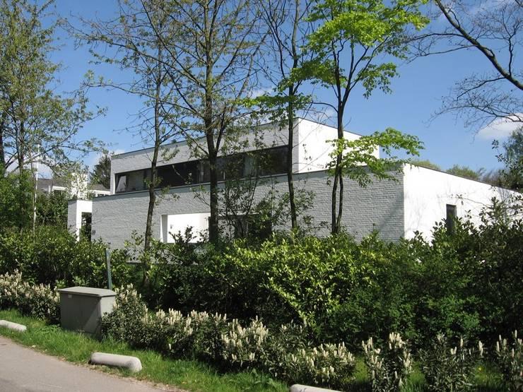 Villa LeVr:  Villa door Verheij Architecten BNA