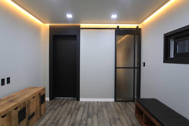 Doors by JUNDESIGN