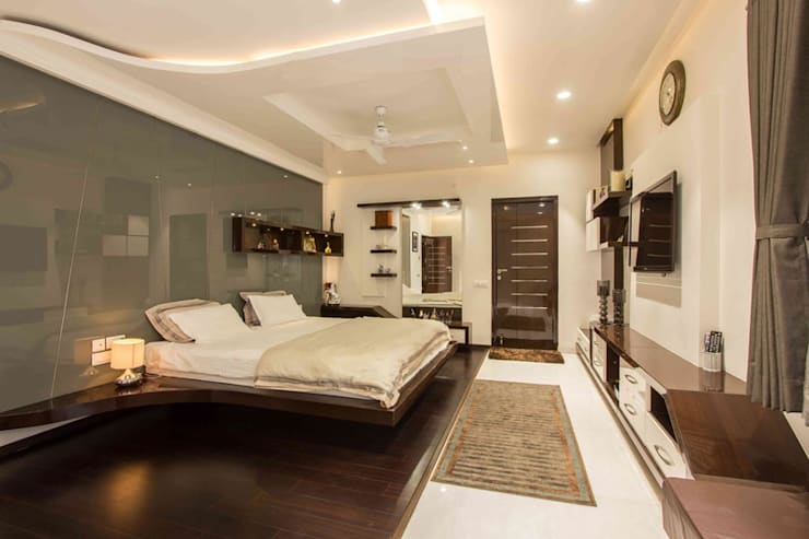 Arcmen interior decor bedroom interior: modern Bedroom by Arcmen kitchens And Interiors