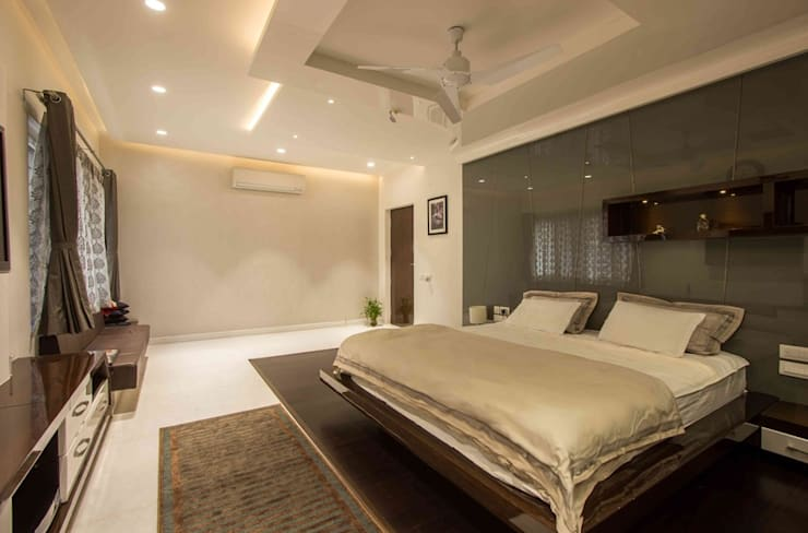 3BHK_ Mr.Narayana Rao_ Parrys Interior Decoration_ Site photos: modern Bedroom by Arcmen kitchens And Interiors