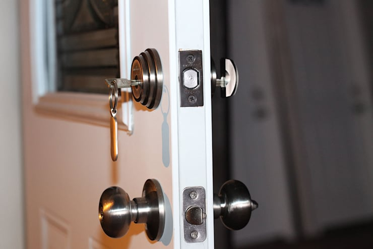 Quality Door Lock Parts:   by Locksmith Stellenbosch
