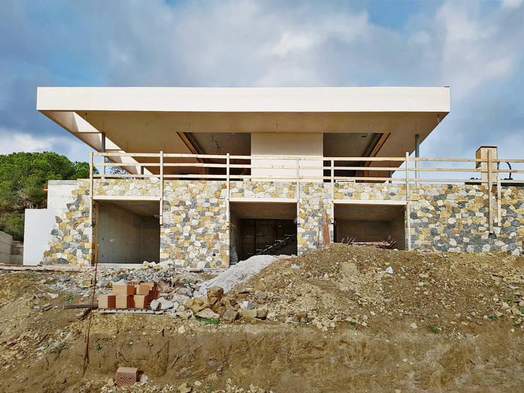 Work in progress: Case in stile  di Davide Ceron Architetto