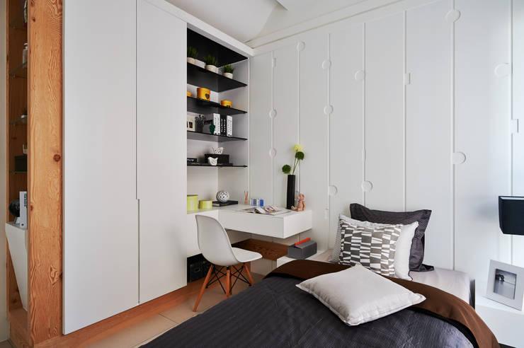 Phòng ngủ by 北歐制作室內設計