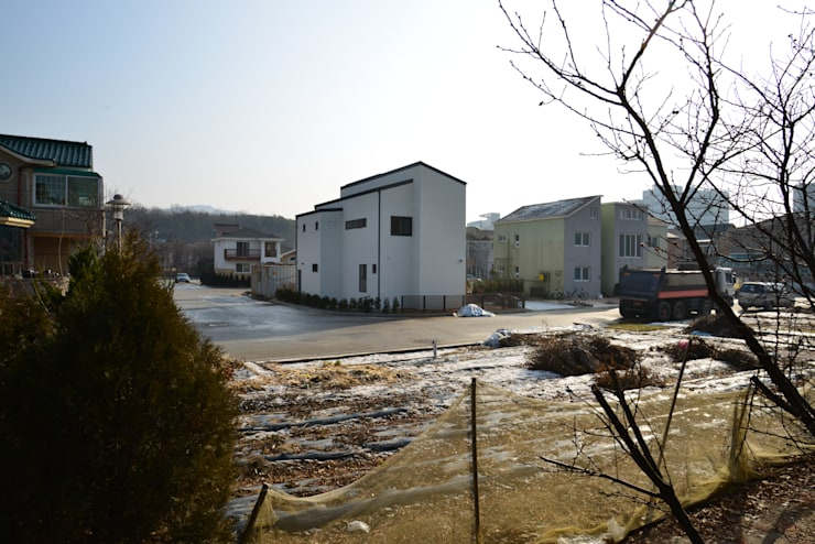 인천시 중구 단독주택: (주)종합건축사사무소 시담의  주택,