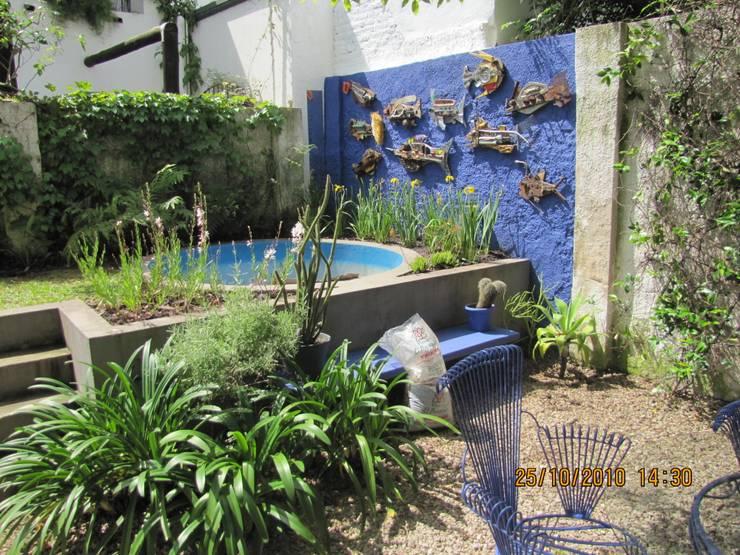 jardin Beccar- Bs As- Argentina: Jardines de estilo  por Ib - Paisajista,