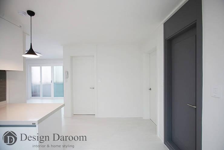 송파 상가건물 내 주거공간 주방: Design Daroom 디자인다룸의  주방,모던