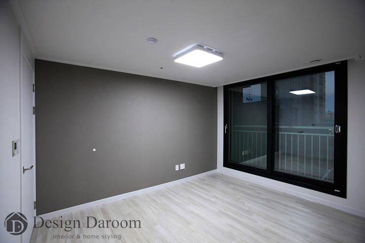 수유 두산위브 아파트 34py 서재: Design Daroom 디자인다룸의  침실