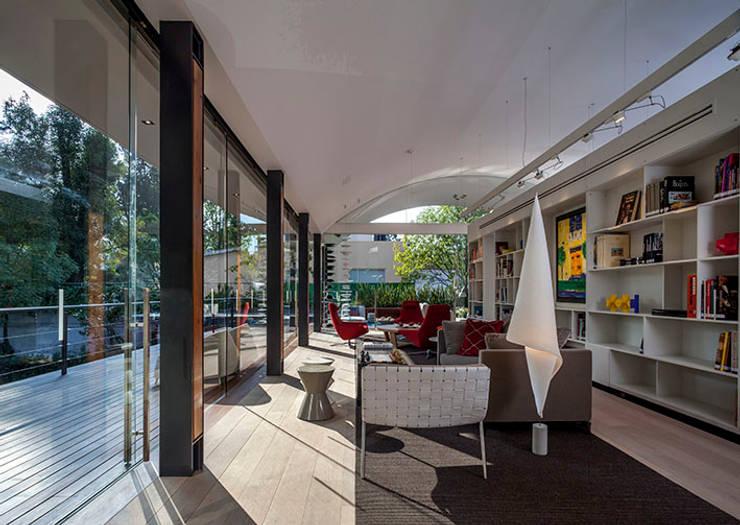 Biblioteca : Estudios y oficinas de estilo  por Eduardo Gutiérrez Taller de Arquitectura