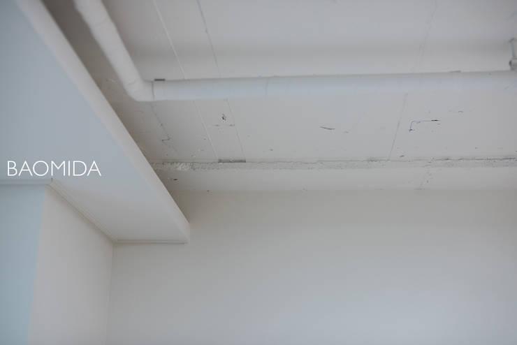 neat & tidy house_서초동 롯데캐슬클래식 인테리어: (주)바오미다의  거실