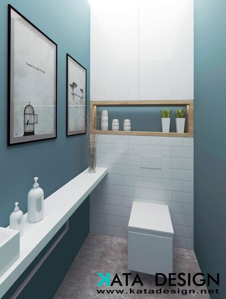Baños de estilo  por Kata Design, Industrial Compuestos de madera y plástico