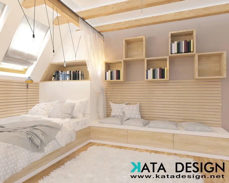 Dormitorios juveniles  de estilo  por Kata Design