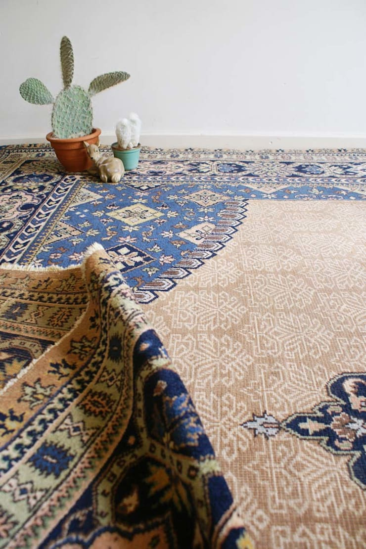 Enorm groot vintage vloerkleed, 3 x 4 meter! Tof Oosters tapijt met gebruikssporen. :   door Flat sheep, Aziatisch