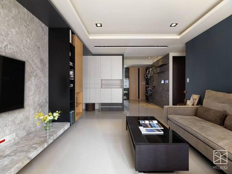 整體配色:  客廳 by 禾廊室內設計