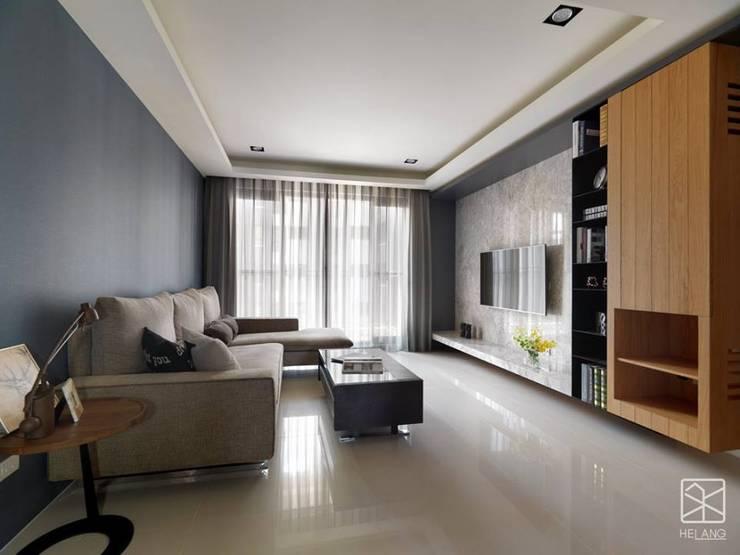 新業雅砌:  客廳 by 禾廊室內設計