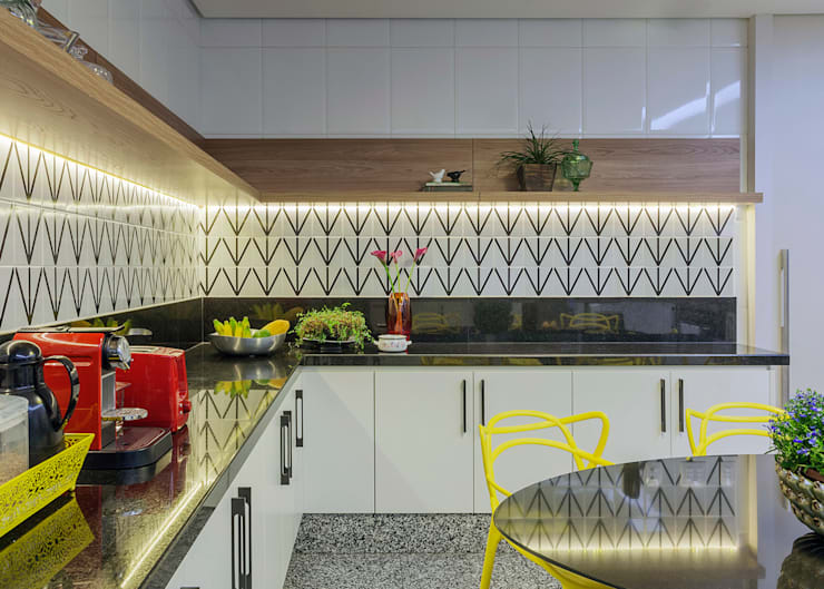 Кухни в . Автор – DUBAL ARQUITETURA