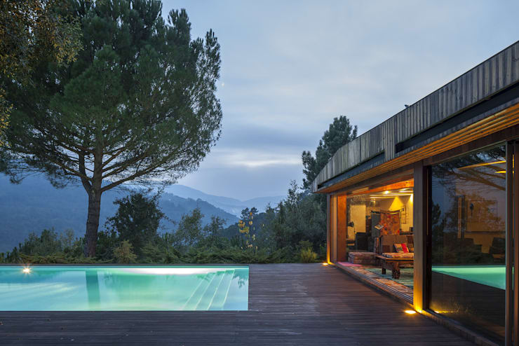 無邊際泳池 by MJARC - Arquitectos Associados, lda