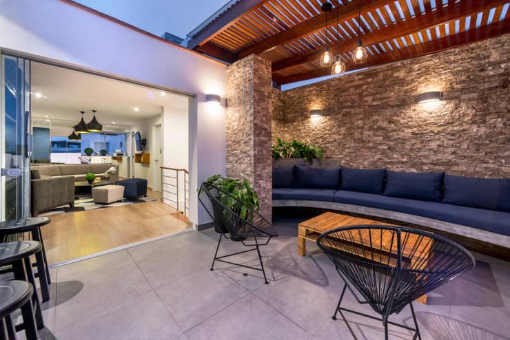 Ampliación Duplex Barranco : Terrazas de estilo  por Gracia Nano Studio