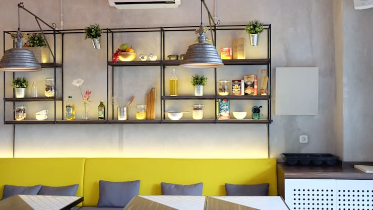 Cafe and Bar:  Interior landscaping by Chromatic Interior