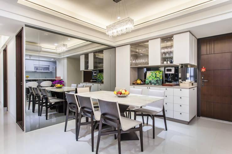 晶亮27坪空間放大術:  餐廳 by 好室佳室內設計