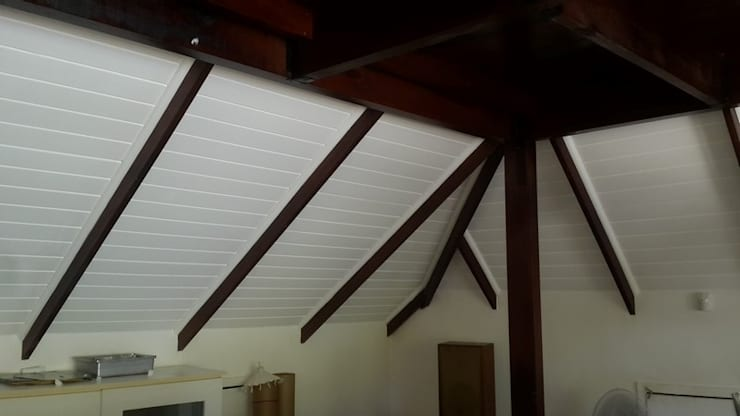 Isoboards And Ceilings:  Roof by CPT Painters / Painting Contractors in Cape Town