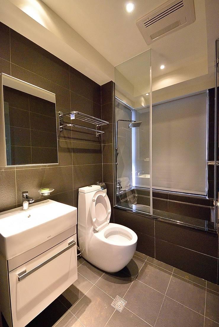 【住宅設計】淡水伊東市 – 26坪美式Loft風格:  浴室 by 大觀創境空間設計事務所