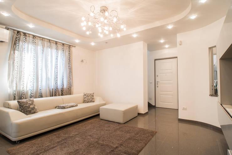 Kleurrijke Witte Woonkamer : Inspiratie voor de woonkamer voeg meer kleur toe aan je living