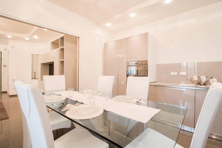 DIANA_Cucina Cucina in stile classico di ErreBi Home Classico