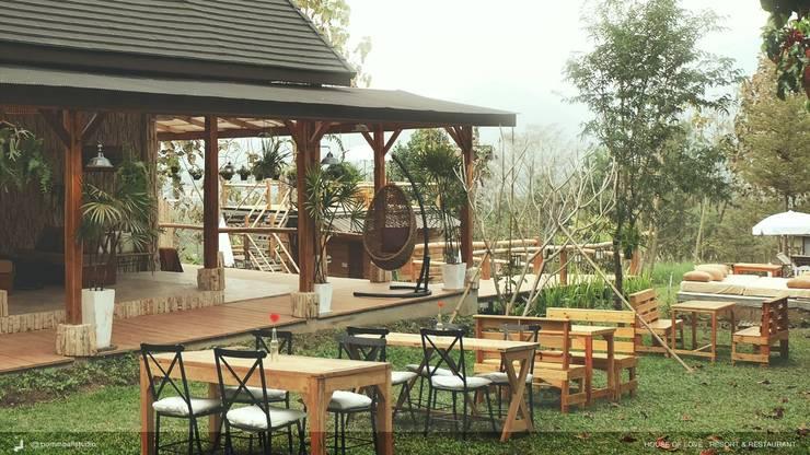 PAI - House of Love - Resort & Restaurant:   by pommballstudio