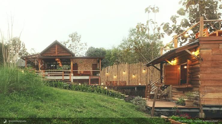 PAI – House of Love – Resort & Restaurant:   by pommballstudio