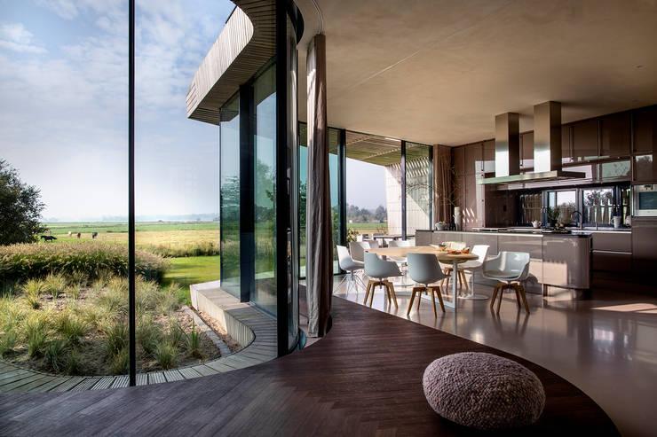 interieurontwerp woonkamer:  Eetkamer door Yben Interieur en Projectdesign