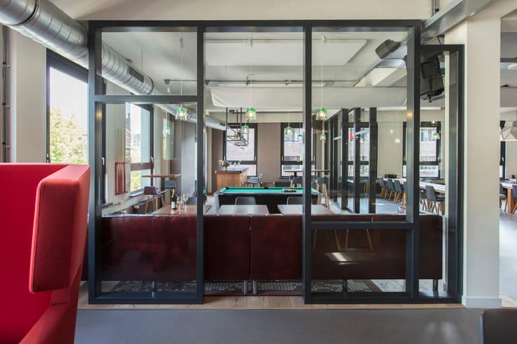 Interieurontwerp advocatenkantoor Rotterdam:  Bars & clubs door Yben Interieur en Projectdesign
