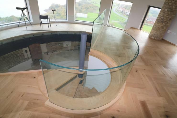 Escaleras de estilo  por Ion Glass