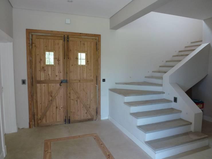 Say Si Si To Spanish Style Homes 6 Key Features: Casa En Haras San Pablo De Estudio Dillon Terzaghi
