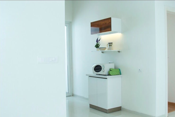 Fortius Waterscape - Model Flat:  Kitchen units by Renovatio Interio